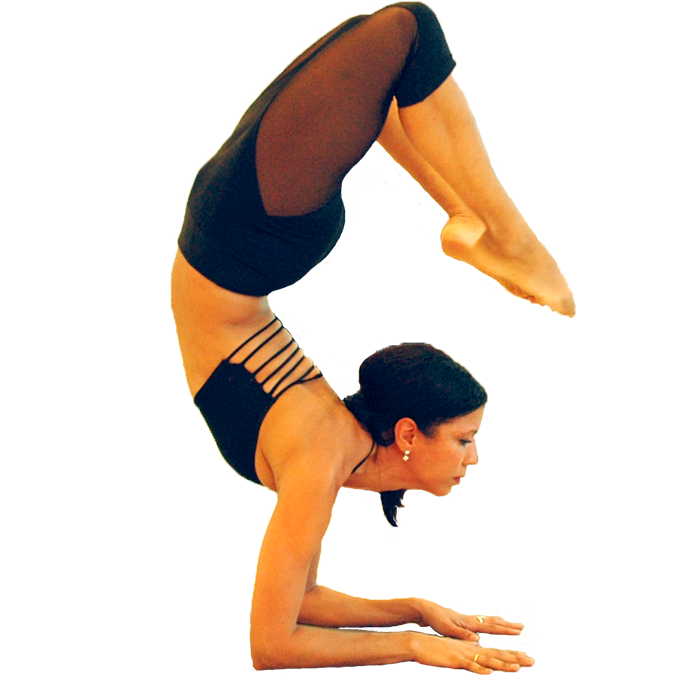 Raquel Pelayo, Glow Yoga owner and instructor